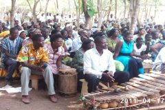Dagaare choir on Palm Sunday at Wadeaf and below is the foundation of the Church on the 17/04/2011.